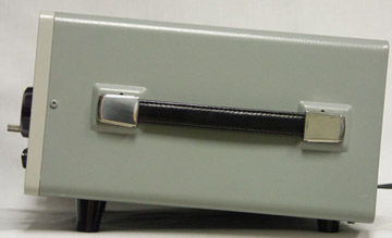 the rear panel has high and low impedance antenna inputs  the frg-7  operates from 120 vac, 13 vdc or 8 d cells that plug in the battery pack  that is