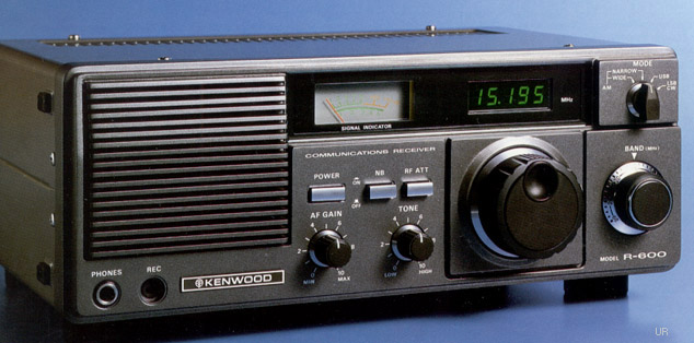 Kenwood R-600 Receiver Photograph: www.universal-radio.com/catalog/commrxvr/r600cs.html