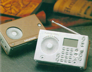 Grundig G2000a Porsche Design Shortwave Radio G2000b