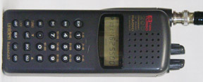 Handheld Scanner The Bearcat BC220XLT Covers VHF Low High Air UHF And 800 MHz Public Service Less Cellular With 200 Channels TurboScan